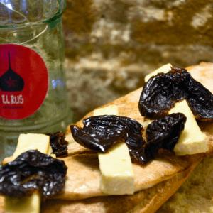 Bocadillo 4 (Pollo, queso camembert y ciruelas pasas)