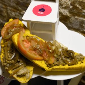 Bocadillo 41 (Berenjena, tomate y cebolla)